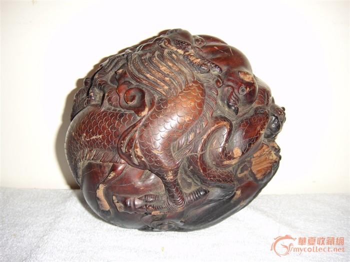 清代木雕十二生肖球摆件