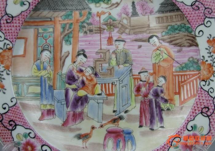 清代   粉彩画人物盘 。『聚古斋』图2