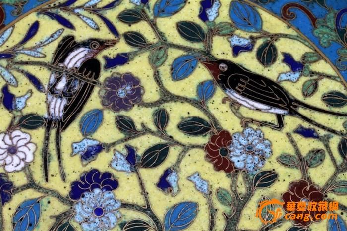 """清代-""""铜胎鎏金掐丝珐琅""""花鸟捧盒一只,重量2128克图9"""