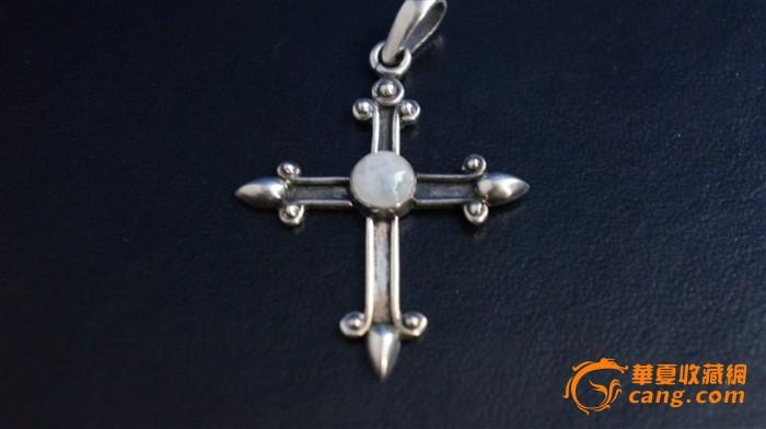欧款银镶嵌月光石+字架吊坠