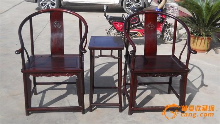 大红酸枝圈椅三件套