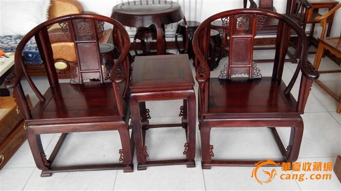 老挝大红酸枝皇宫椅一对,坐面独板