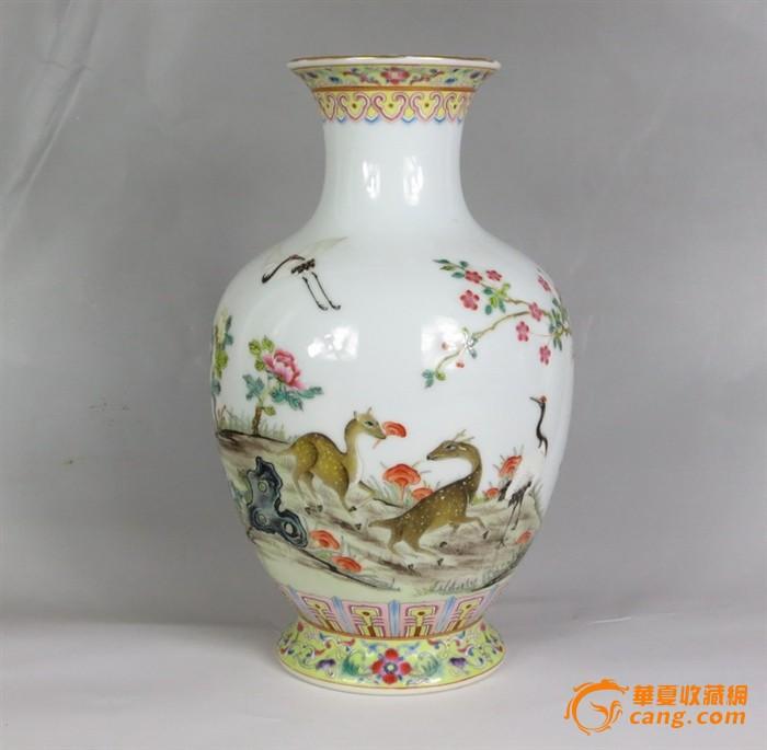 乾隆款.鹿鹤牡丹图花瓶