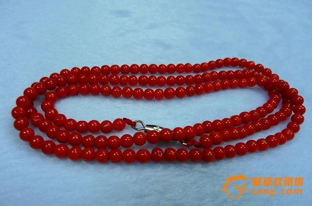 珊瑚圆珠项链