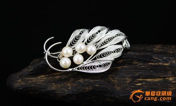 镂空垒丝叶子珍珠胸针 情人节 礼物 做工精致 母亲节礼物