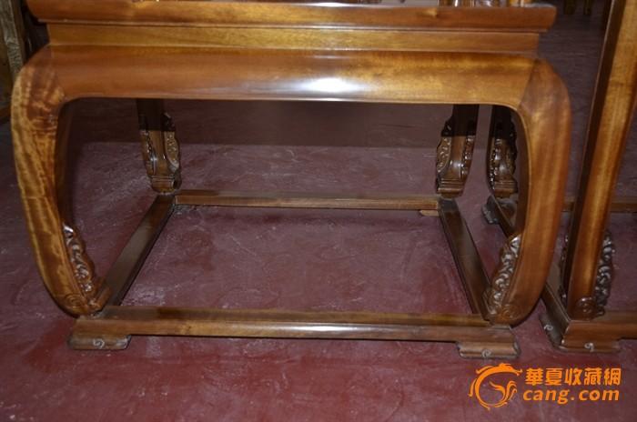 金丝楠木宫廷虎皮纹圈椅