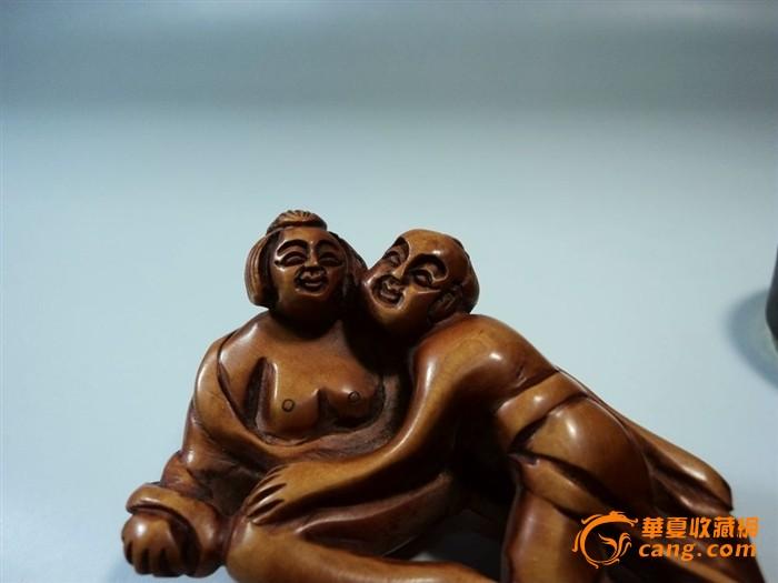 民国石川款黄杨木雕男欢女爱秘戏图