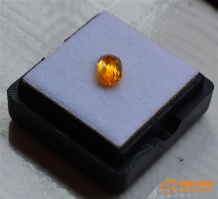 纯黄色蓝宝石 斯里兰卡纯天然椭圆型1.16克拉蓝宝石图4