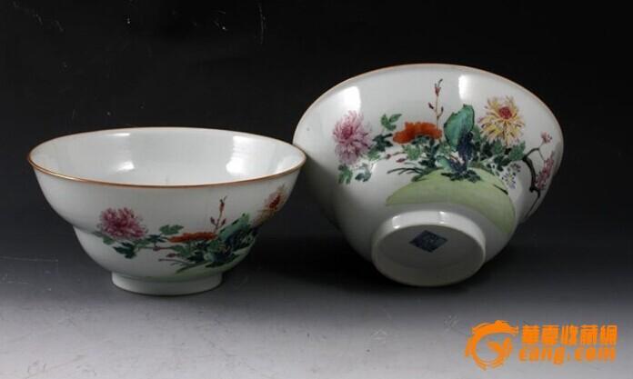 清乾隆 粉彩 花卉纹 折腰 大碗 (一对),19.5厘米。图1