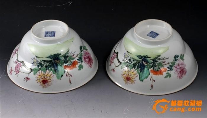 清乾隆 粉彩 花卉纹 折腰 大碗 (一对),19.5厘米。图2