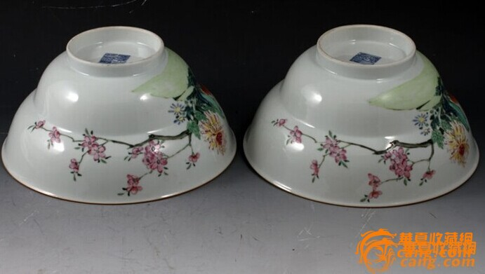 清乾隆 粉彩 花卉纹 折腰 大碗 (一对),19.5厘米。图3