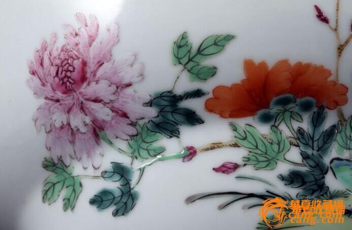 清乾隆 粉彩 花卉纹 折腰 大碗 (一对),19.5厘米。图7