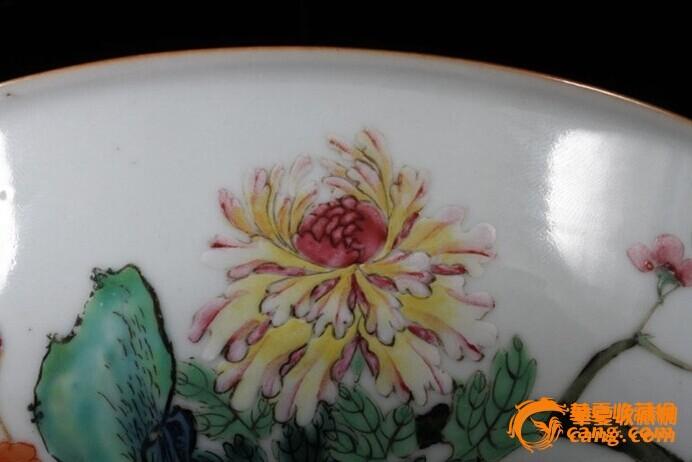 清乾隆 粉彩 花卉纹 折腰 大碗 (一对),19.5厘米。图11