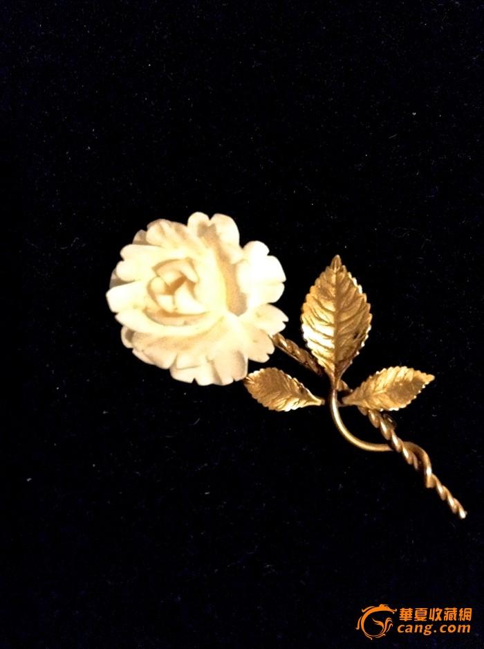 12k金天然珍贵材质雕刻月季花胸针