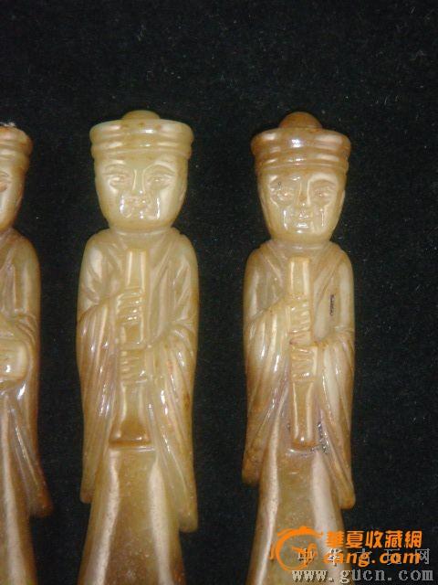 <<高古玉/汉玉>=老唐代和田玉六个沁色古人乐人挂件图2