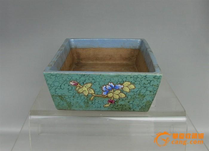 清代   紫砂带彩牡丹水仙盘『聚古斋』图4