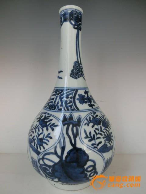手绘花瓶明代永乐青花瓷玉壶春瓶子
