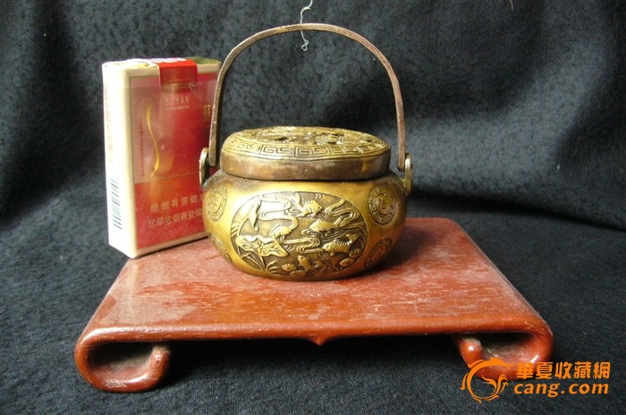 价格低于淘宝  手工浮雕铜手炉-图2