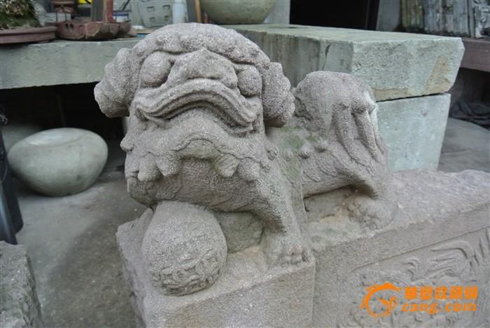 华夏古玩城 杂项 石雕 > 一对清代凤采牡丹老石狮子