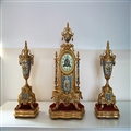十九世纪末期法国铜胎珐琅彩三件套钟