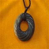 古玉绞丝纹环 直径4.2厘米,厚0.4厘米