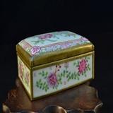 清末民国粉彩花卉首饰盒