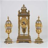精美法国十九世纪掐丝珐琅四明钟三件套